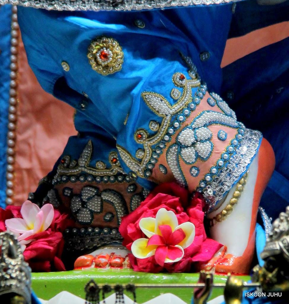 ISKCON Juhu Mangal Deity Darshan 11 Feb 16 (18)