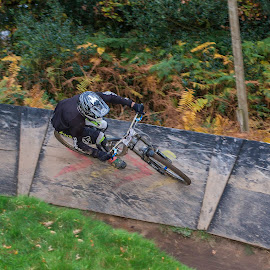 DH Wall ride by Nick Moor - Sports & Fitness Cycling ( downhill, dh, racing, mtb, wall ride )