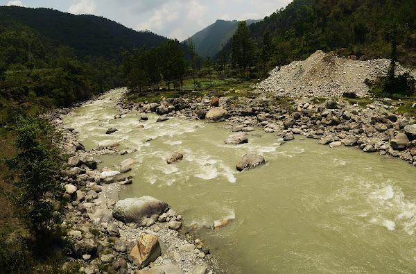 Панорама непал река горы