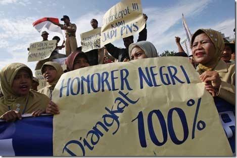 Tenaga Honorer Kemenag Diangkat Jadi CPNS 2015