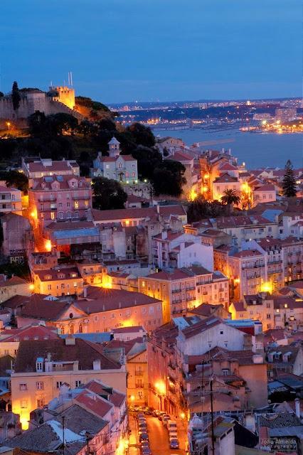 Lisbon  , Portugal - カバー