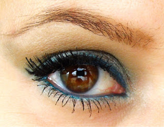 blue eyeshadow for brown eyes