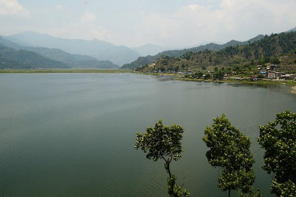 покхара озеро фева