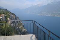 """Am Gardasee. Auf der """"Schauderterasse"""" des Hotel Paradiso in Pieve di Tremosine."""