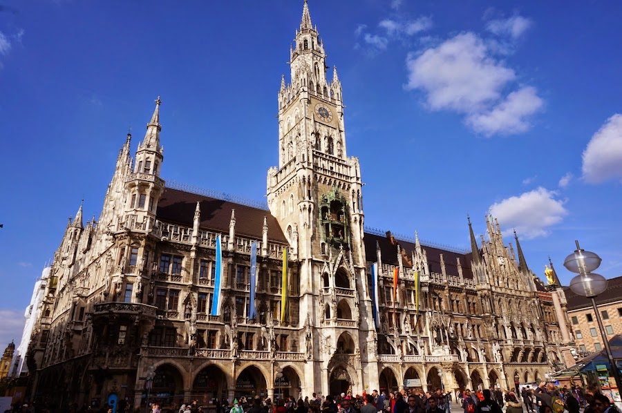 На площади Мариенплац в Мюнхене