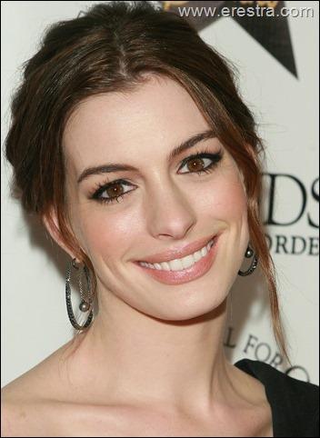 Anne Hathaway25.