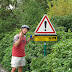 37e vakantiefietserstickertje. Wat zou er zo gevaarlijk zijn? Dat wij er naar boven fietsten?