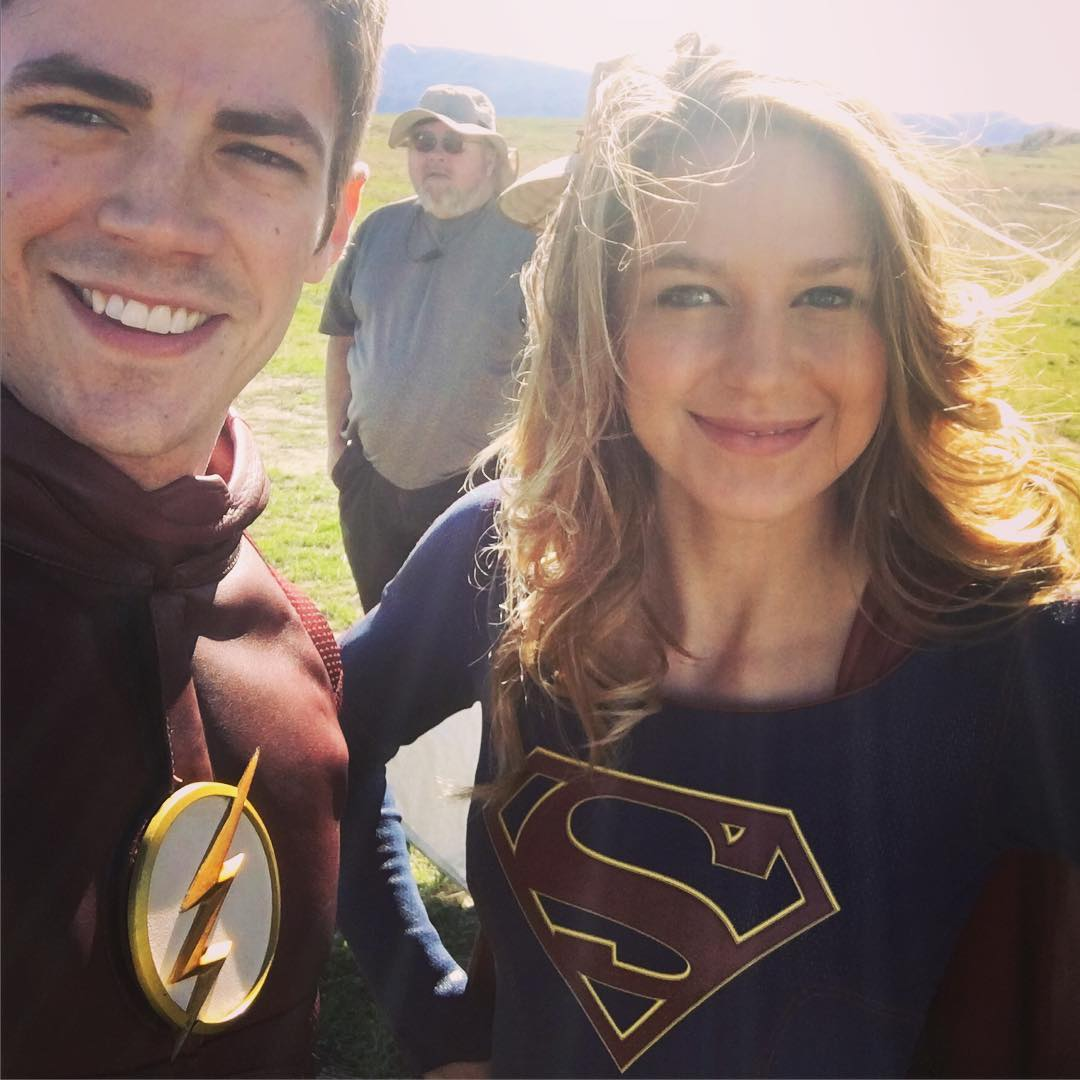 ¡Primer foto de Flash con Supergirl!