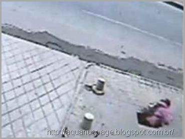 buraco-oculto-em-baixo-calçada