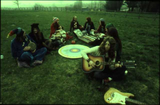 images de hippies - Page 8 Picnic_cheese-n-jam