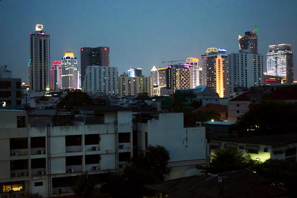 бангкок небоскребы вечер ночь