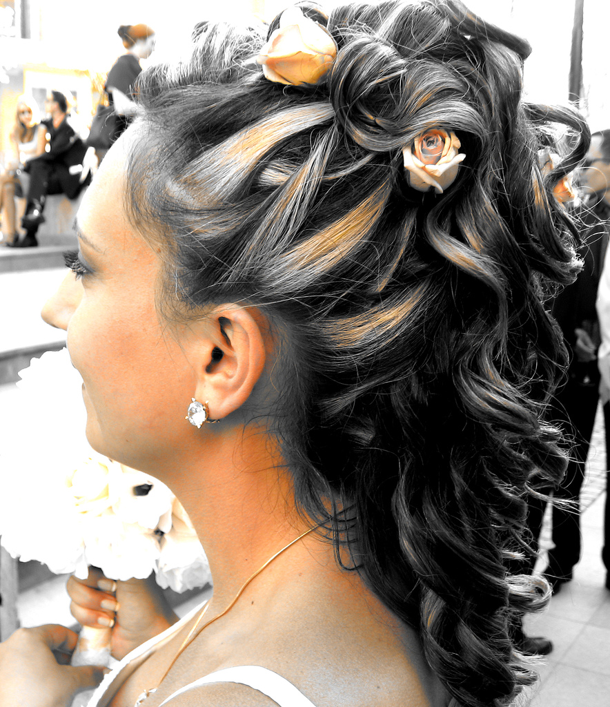Wedding hairstyles for curly