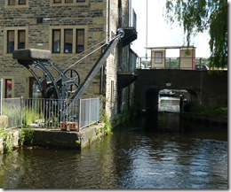 1 crane start of huddersfield narrow