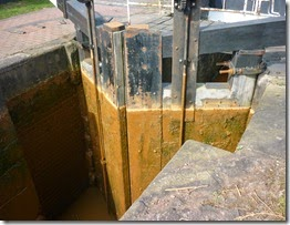 7 orange lock gates
