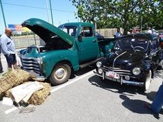 2015.06.07-026 camion Chevrolet et Renault 4 CV