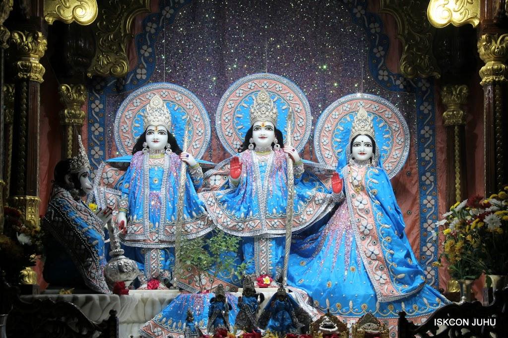 ISKCON Juhu Mangal Deity Darshan 11 Feb 16 (12)