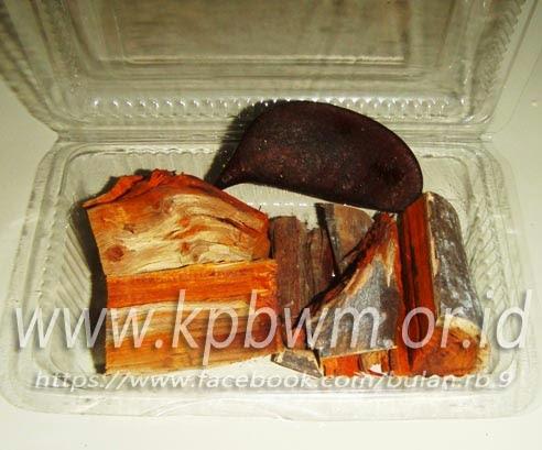 batang kayu secang mandar