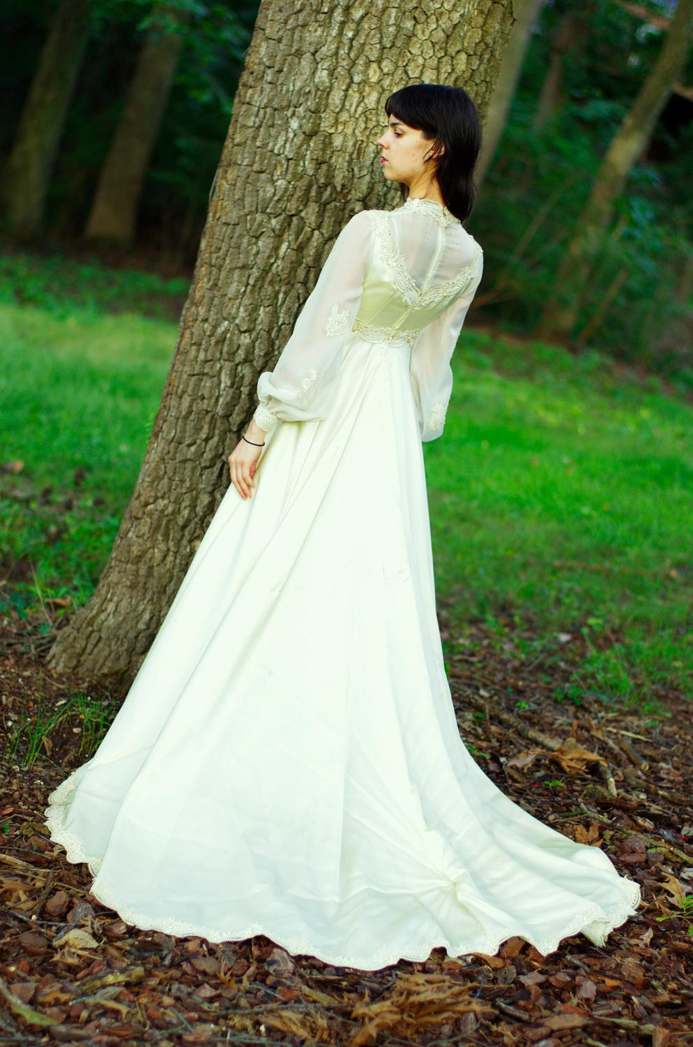 modern celtic wedding dresses