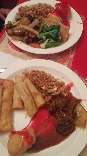 Golden Dragon Restaurant & Tavern, 264 Northern Ave E, Sault Ste. Marie, ON P6B 4H6, Canada, Chinese Restaurant, state Ontario