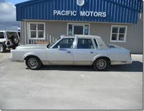 1987-Lincoln-Town_Car-712093-1-sm