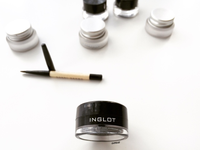 Inglot gel eyeliner number 77 black