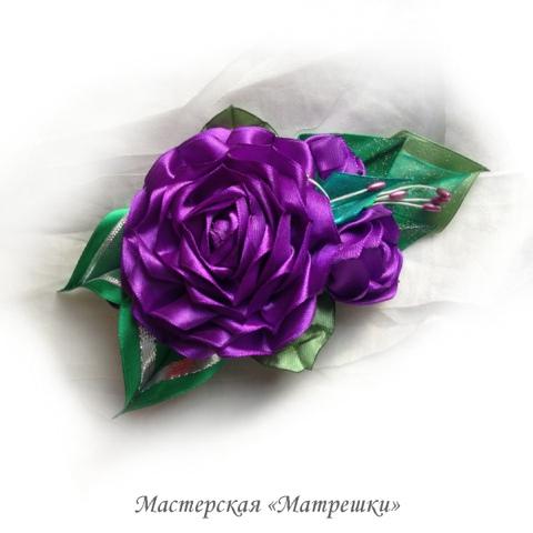 Заколка роза из атласных лент