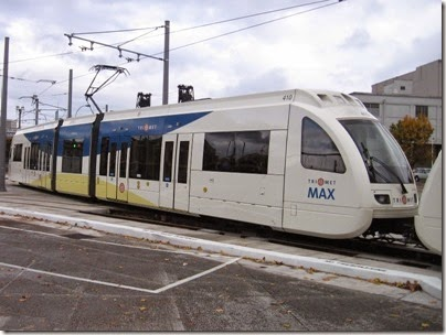 IMG_0099 TriMet MAX Type 4 Siemens S70 LRV #410 at Union Station in Portland, Oregon on October 23, 2009