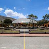 Visitando a Ciudad de la Mitad del Mundo - Quito, Equador