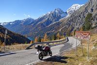 Auf dem Staller Sattel (2052m). Einbahnregelung: - von Austria nach Italy von 00.-15. Minute - von Italy nach Austria von 30.-45. Minute