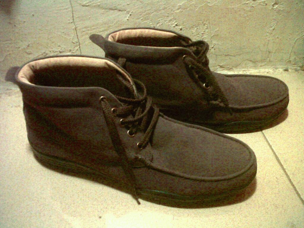 TasampSepatu Model Sepatu Pria Yongki Komaladi