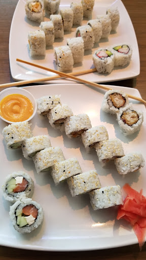 Sushi Restaurant Origami Sushi Reviews And Photos 6507 W Waters