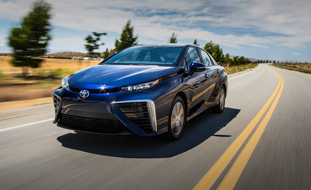 2016 Toyota Mirai Fuel-Cell Sedan Review Car Price Concept