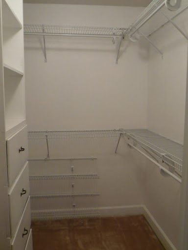 His/Hers Walk-in Master Closets