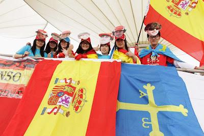 болельщики Фернандо Алонсо на Гран-при Китая 2012