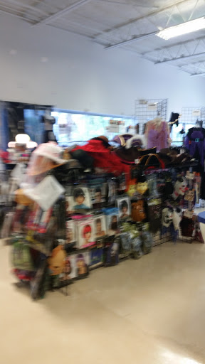 Thrift Store «Goodwill Retail & Donation Center», reviews and photos