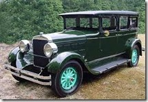 1927_Gardner_8_Cylinder_Sedan
