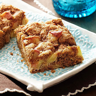 Cinnamon Streusel Fresh Apple Bars