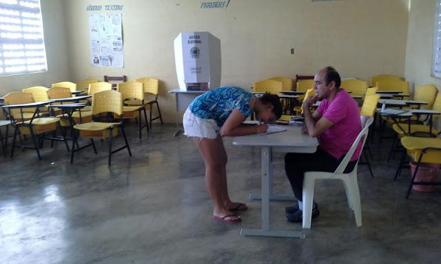 Senador Sá: Escola Municipal N.S.A. realiza hoje (28) eleição para grêmio estudantil.