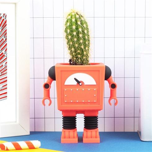 doiy-robot-bloempot