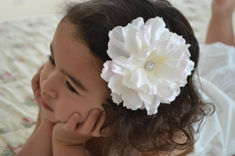 10  Christmas Sale Children- Flower Girl Hair Clip, Ivory flower, Bridal