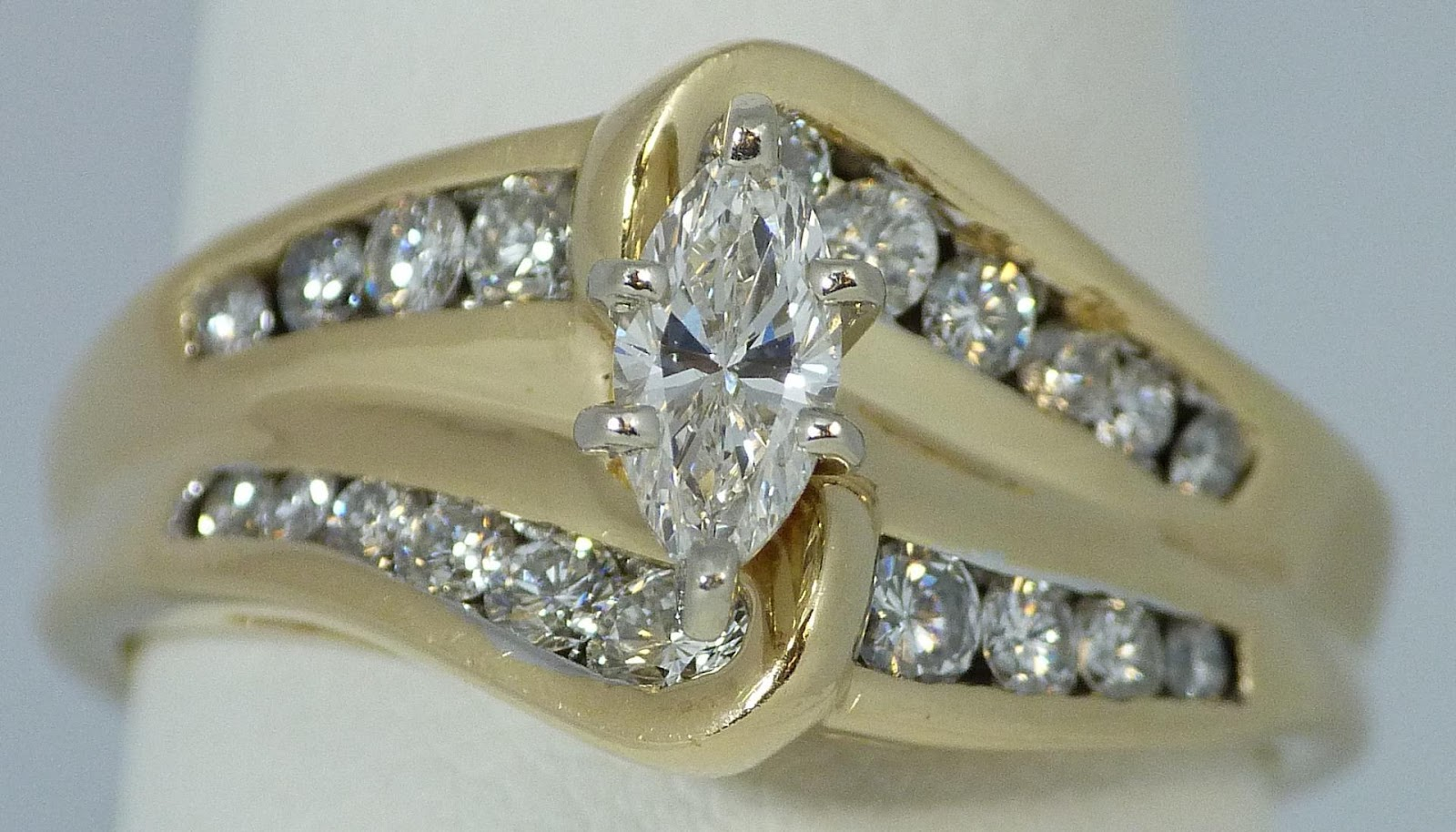 153 - 14K YELLOW GOLD DIAMOND