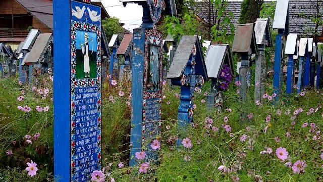 Sapanta-Cimitirul-Vesel-1050.jpg