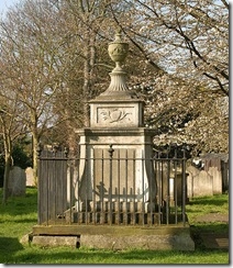 520px-William_Hogarth's_tomb