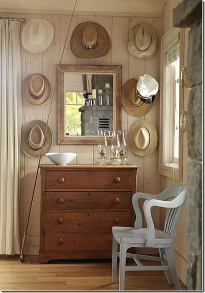 Sarah-Richardsons-Beach-Cottage-Chest-Hats