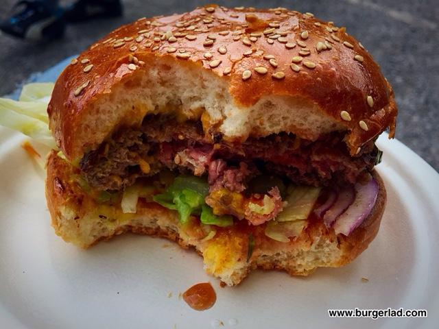 Mother Flipper Cheeseburger