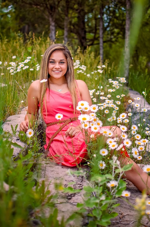 2018 senior girl by Elizabeth Loera - People Portraits of Women ( idaho, soda springs, class of 2018, senior photography, senior )