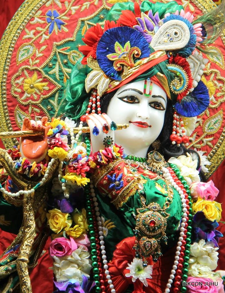 ISKCON Juhu Sringar Deity Darshan 09 Feb 16 (14)