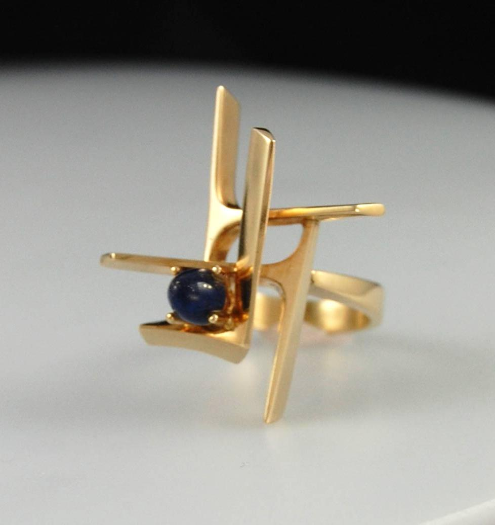 lapis cabochon with gold