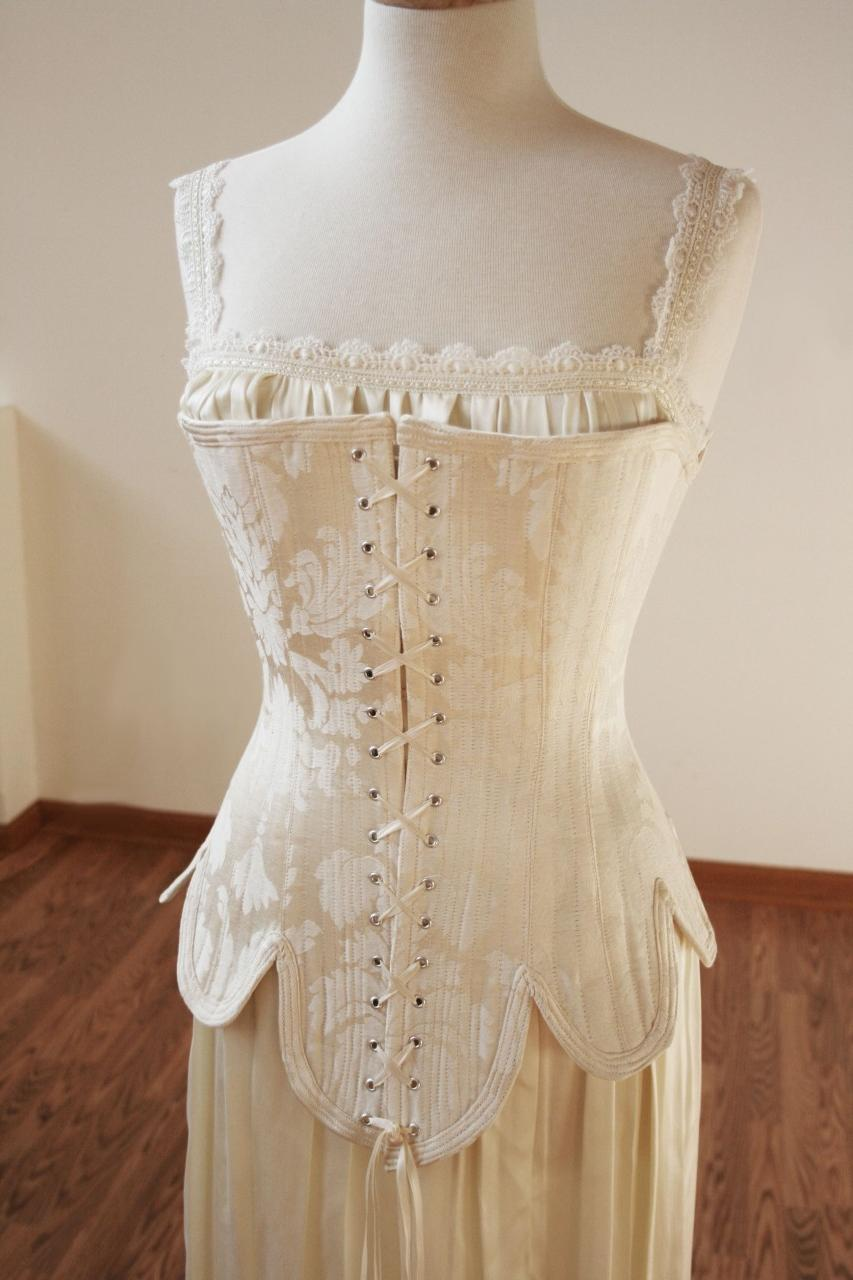 historic wedding dresses