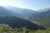 Hoch zum Forcella di Monte Rest (1076m). Blick hinunter auf den Fiume Tagliamento.